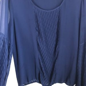 Studio M | Navy Bubble Sleeve Wafle Diamond Blouse